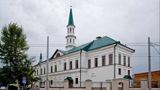 Галеевская мечеть по Казани