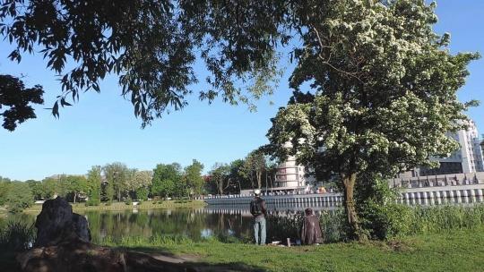 Южный парк по Калининграду