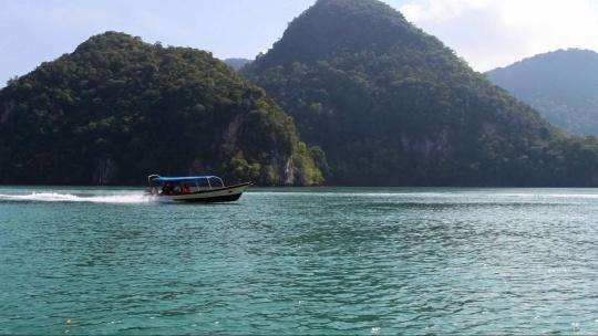 Тур по островам + донная рыбалка - фото 3