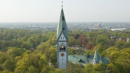Кирха памяти королевы Луизы по Калининграду