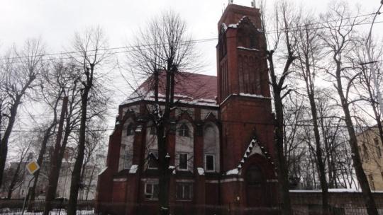 Кирха Святого Адальберта по Калининграду