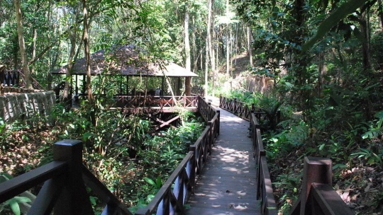 Культурная деревня Монсопиад по Зип-Борнео