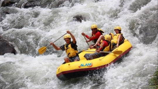 Экскурсия Рафтинг - сплав по горной реке Аюнг  на Бали