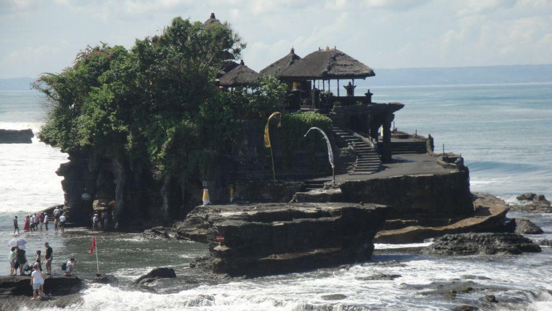 Пура Танах Лот на Бали