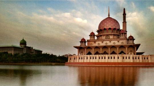 Путра по Малайзии