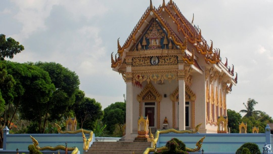 Храм Кхун Арам по Самуи