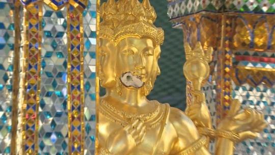 Святыня Erawan Shrine в Бангкоке