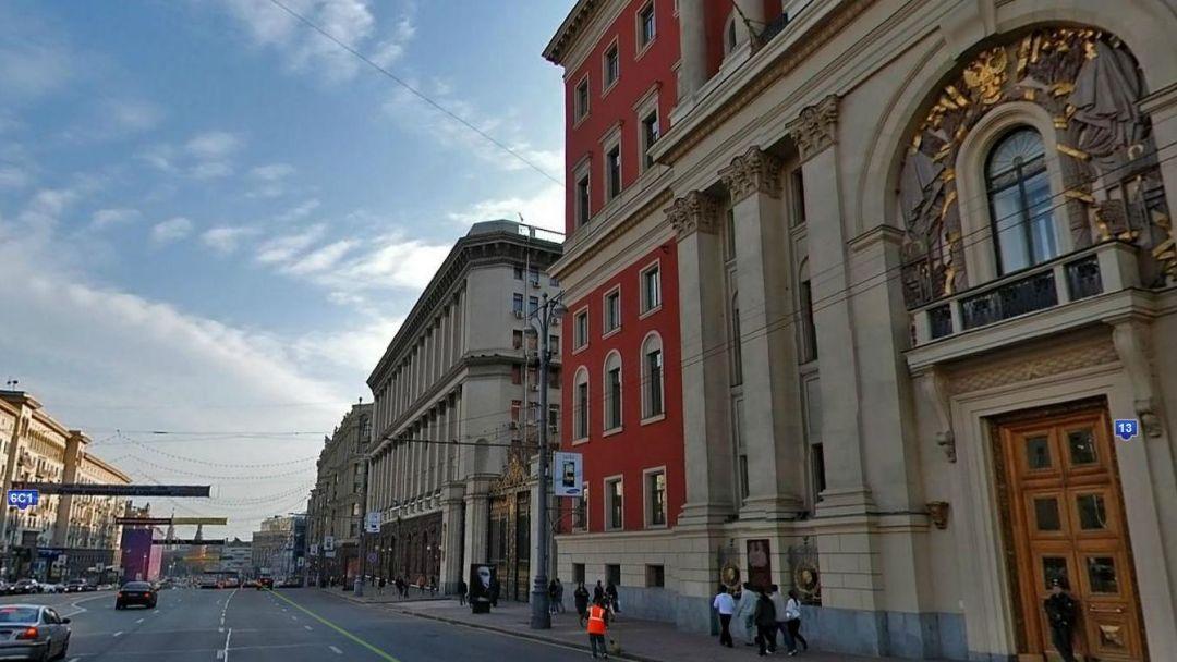 По главной улице столицы… - фото 4