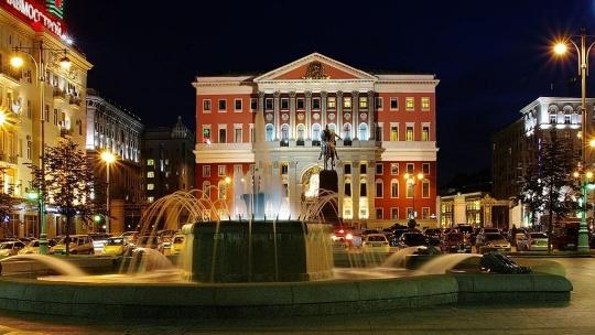 По главной улице столицы… - фото 6