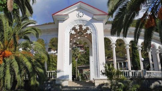 Экскурсия Золотое кольцо Абхазии: Рица, Пицунда, Новый Афон в Сочи