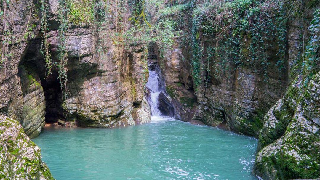 Пешеходная экскурсия: Агурские водопады и Орлиные скалы - фото 3