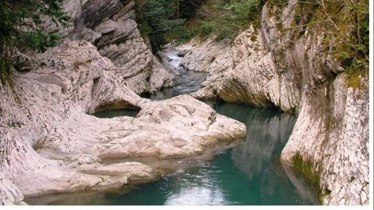Экскурсия Навалишенское ущелье в Сочи