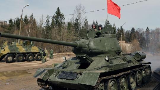 Экскурсия Катание на боевом танке и музей бронетехники по Москве