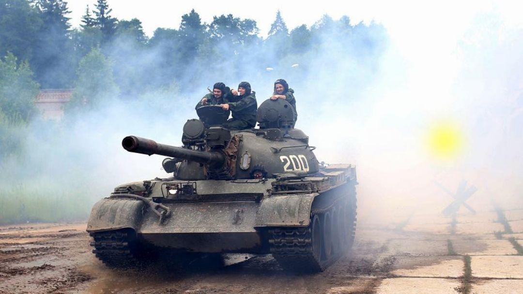 Катание на боевом танке и музей бронетехники - фото 3