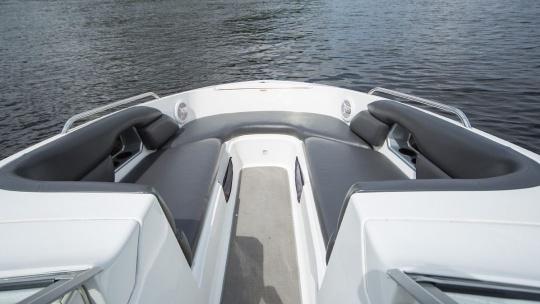 Аренда катера Challenger 230se - фото 3