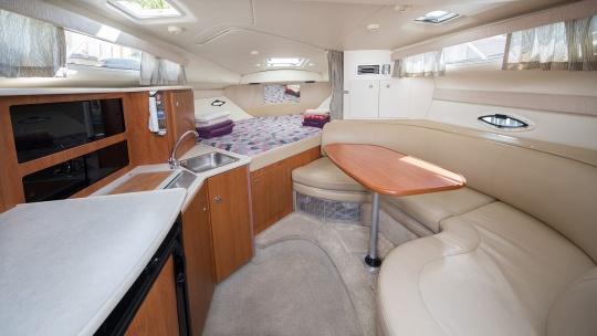 Аренда катера Bayliner 305 - фото 5