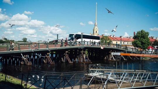 Обзорная экскурсия по историческому центру Санкт-Петербурга - фото 2