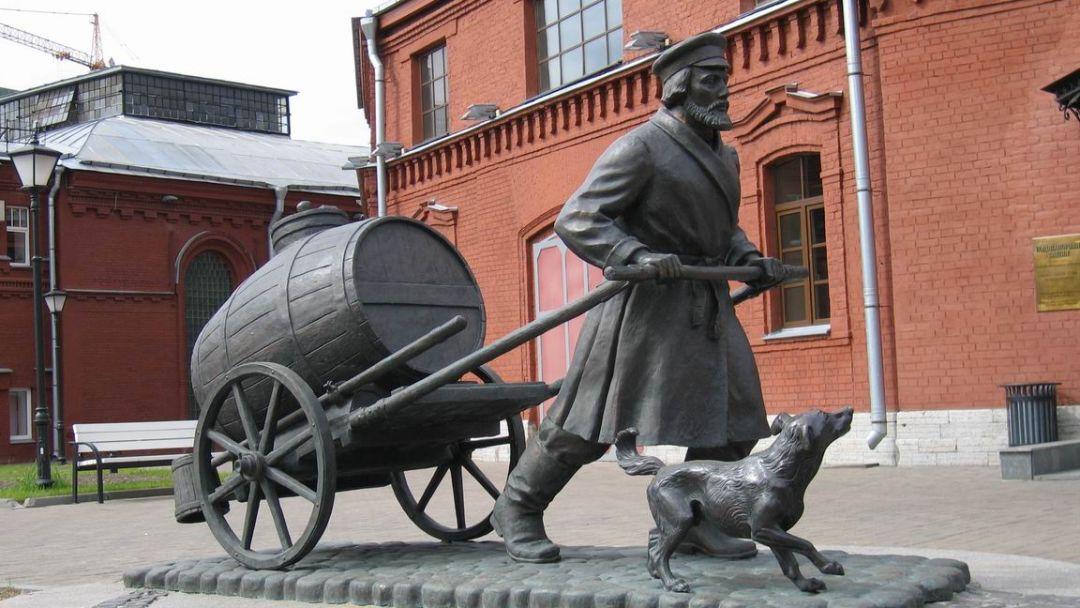 Необычные памятники Петербурга - фото 3