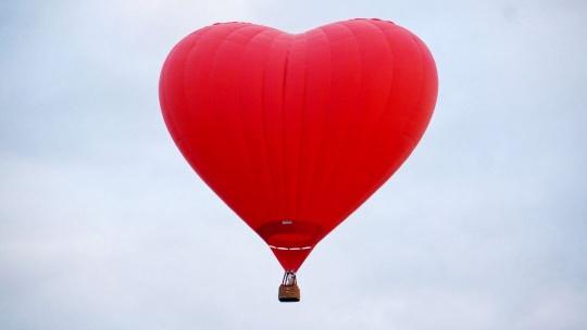 Экскурсия Полет на шаре в форме сердца по Москве