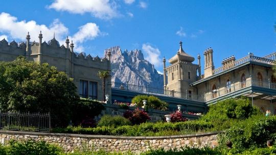 Экскурсия Воронцовский дворец – замок Ласточкино Гнездо  в Ялте