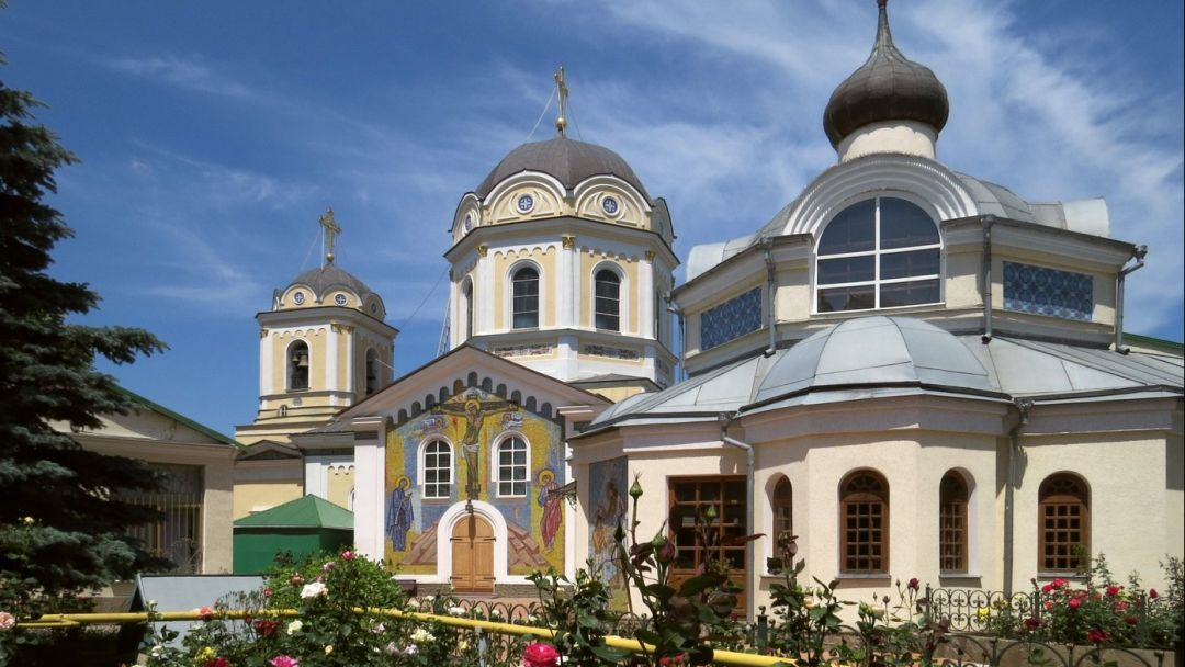 Экскурсия в Свято-Троицкий монастырь - фото 1
