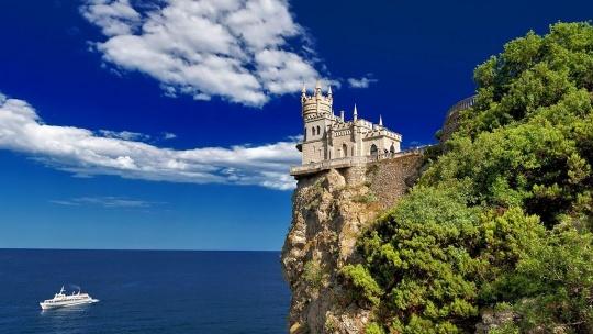 Экскурсия Дворцы Южного берега Крыма по Севастополю
