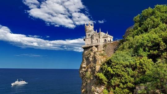 Экскурсия Дворцы Южного берега Крыма по Учкуевке