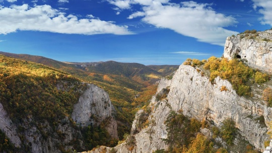 Экскурсия Большой каньон - застывшая сказка Крыма по Учкуевке