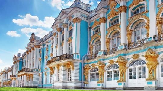 Экскурсия Вечерний Пушкин (Царское Село) с посещением Екатерининского дворца и Янтарной комнаты в Санкт-Петербурге