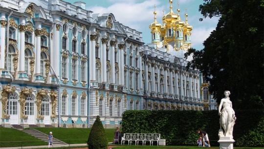 Вечерний Пушкин (Царское Село) с посещением Екатерининского дворца и Янтарной комнаты - фото 6