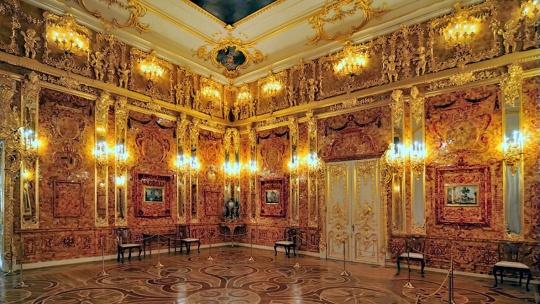 Вечерний Пушкин (Царское Село) с посещением Екатерининского дворца и Янтарной комнаты - фото 9