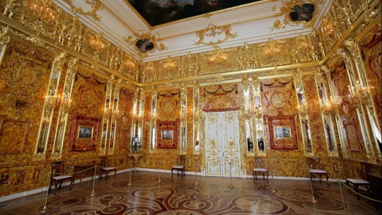 Пушкин (Царское Село) с посещением Екатерининского дворца и Янтарной комнаты - фото 4