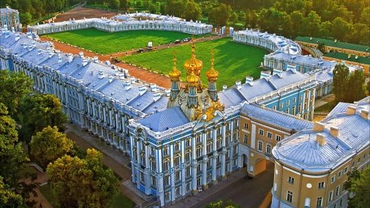 Экскурсия Пушкин: Царскосельский Лицей, Екатерининский дворец и Янтарная комната в Санкт-Петербурге