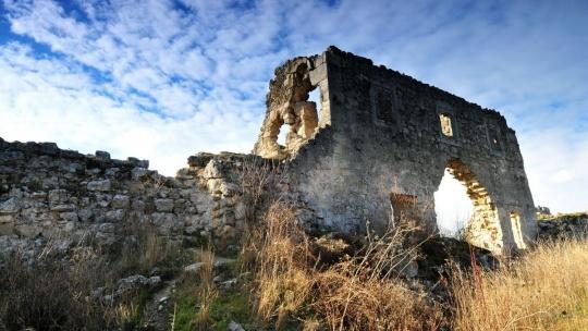 Пещерный город Мангуп-Кале  - фото 3