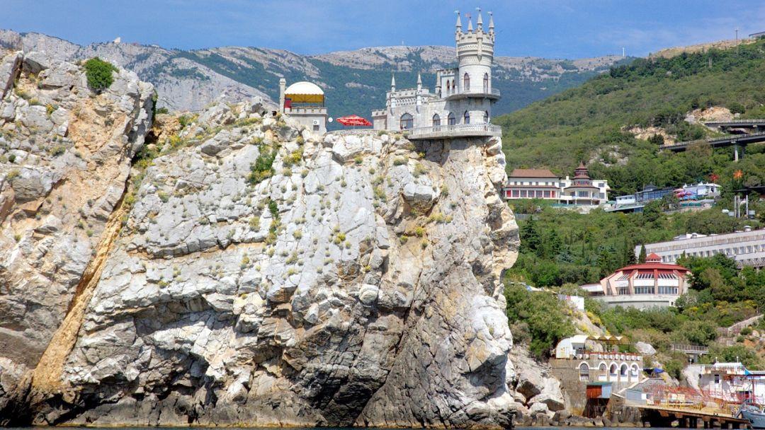 Морская прогулка на катере к замку Ласточкино гнездо - фото 2