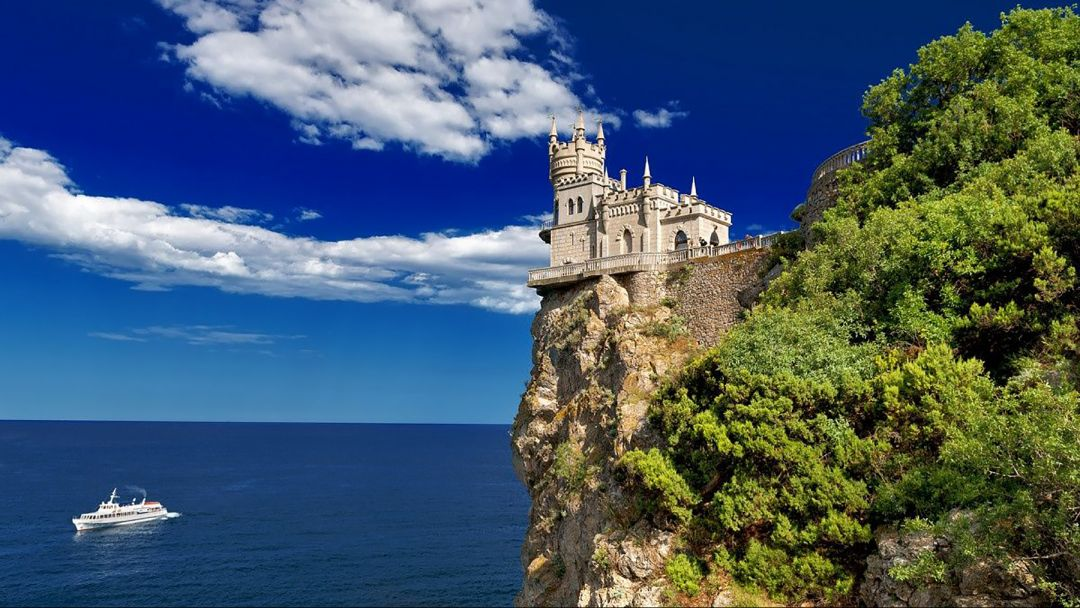 Экскурсия Морская прогулка на катере к замку Ласточкино гнездо