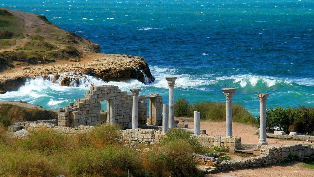 Морская прогулка в открытое море к Древнему городу Херсонес Таврический в Учкуевке