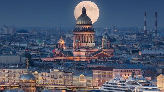 Экскурсия Обзорная по ночному Петербургу в Санкт-Петербурге