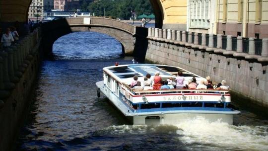 Прогулка на двухэтажном автобусе по Санкт-Петербургу + речная прогулка - фото 5