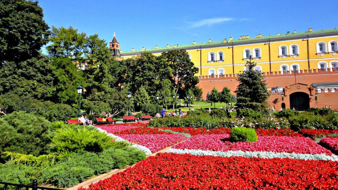 Красная площадь и Александровский сад с частным гидом - фото 2