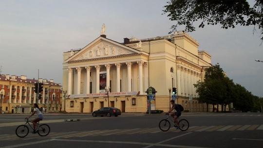 Площадь Свободы по Казани