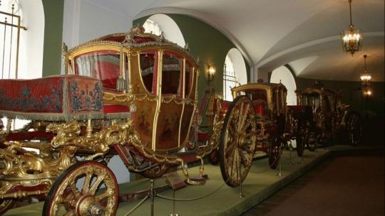 Экскурсия в Оружейную палату, Красной плщади и Александровскому  - фото 2