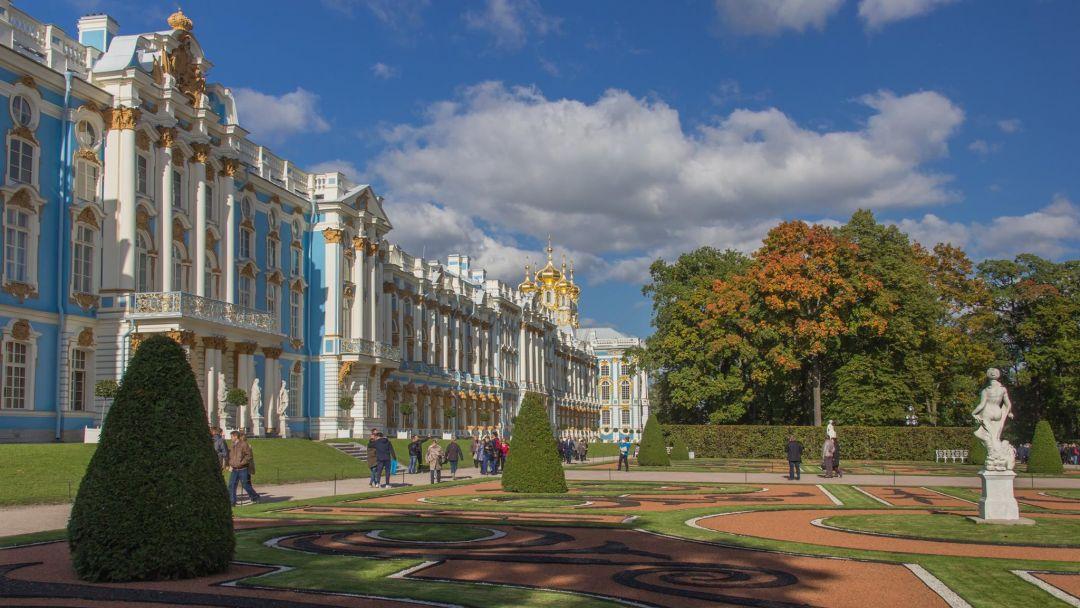Экскурсия Автобусная экскурсия в Царское Село с посещением Екатерининского дворца и Янтарной комнаты