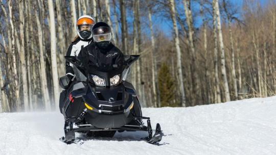 Экскурсия Катание на спортивном снегоходе в Санкт-Петербурге