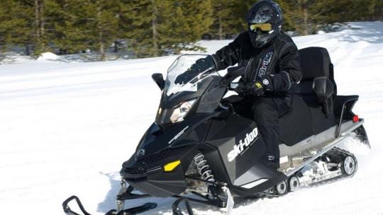 Экскурсия Катание на спортивном скоростном снегоходе
