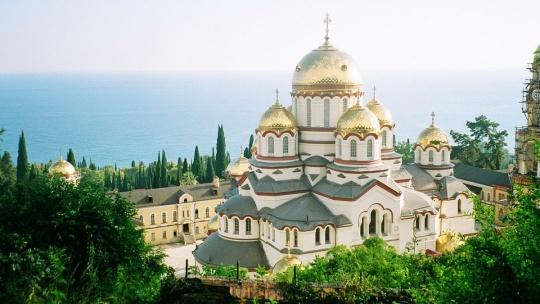 Экскурсия Абхазия - Бронзовое кольцо в Анапе