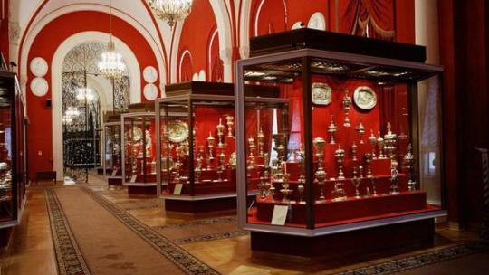 Сокровища Кремля: Алмазный фонд, Оружейная палата - фото 2