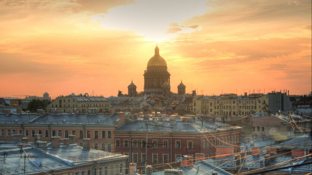Прогулки по дворам, парадным и необычным памятникам Петербурга центрального района - фото 3