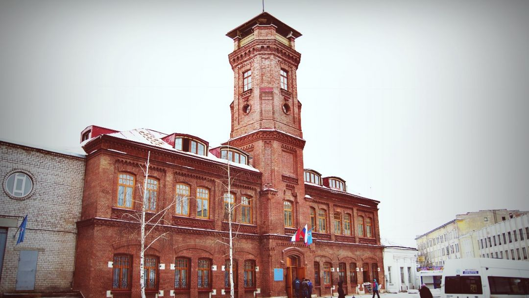 Экскурсия Контрасты старого города