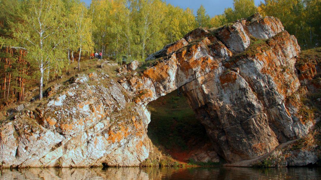 Речной трамвайчик. Исетский каньон в Екатеринбурге